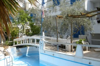 myrmidon-aegina-swimming-pool